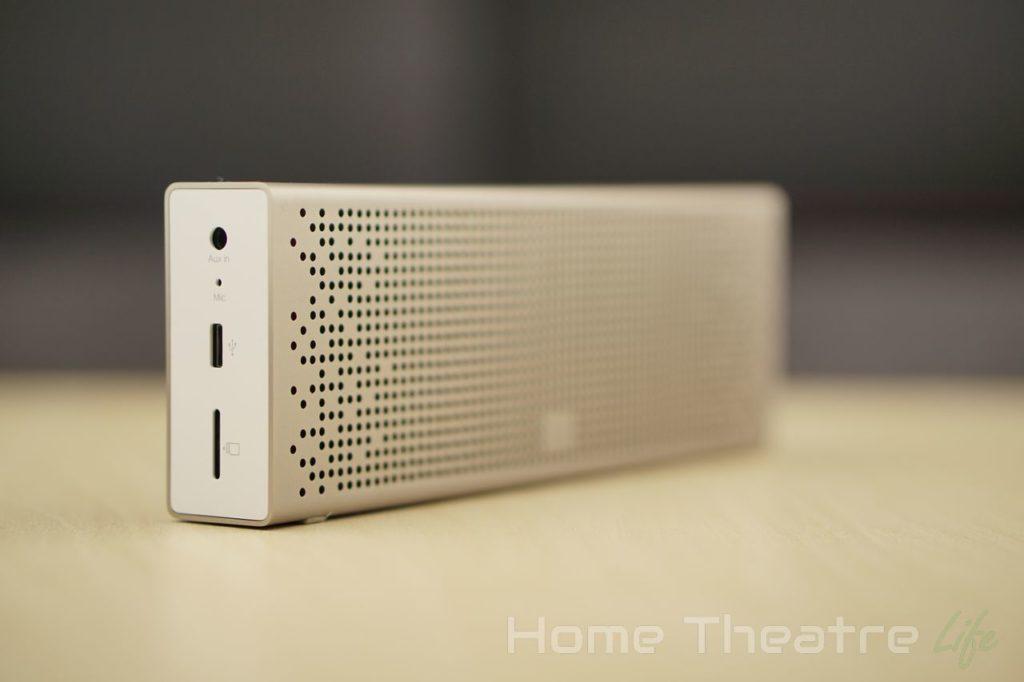 Xiaomi-Stereo-Bluetooth-Speaker-V2-Left