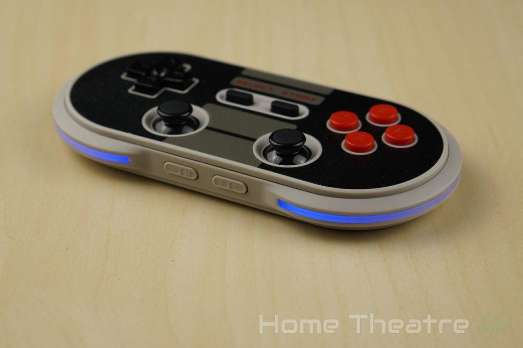 8BitDo-NES30-Pro-Review-LEDs