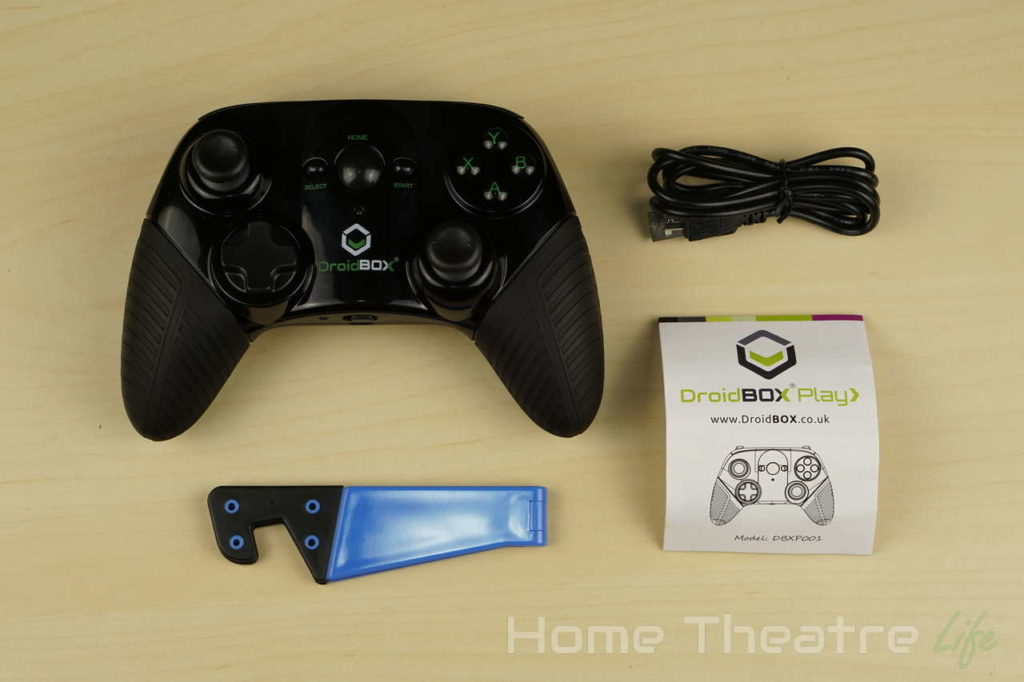 DroidBOX-Play-Gamepad-Review-Inside-The-Box