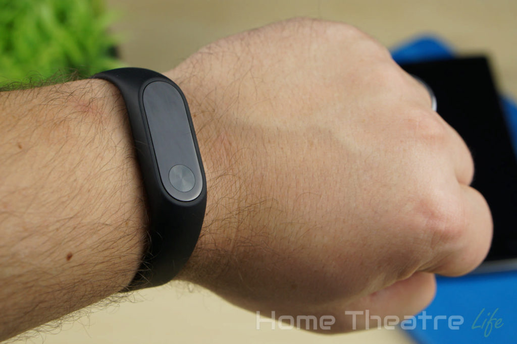 Xiaomi-Mi-Band-2-Review-Comparison-02